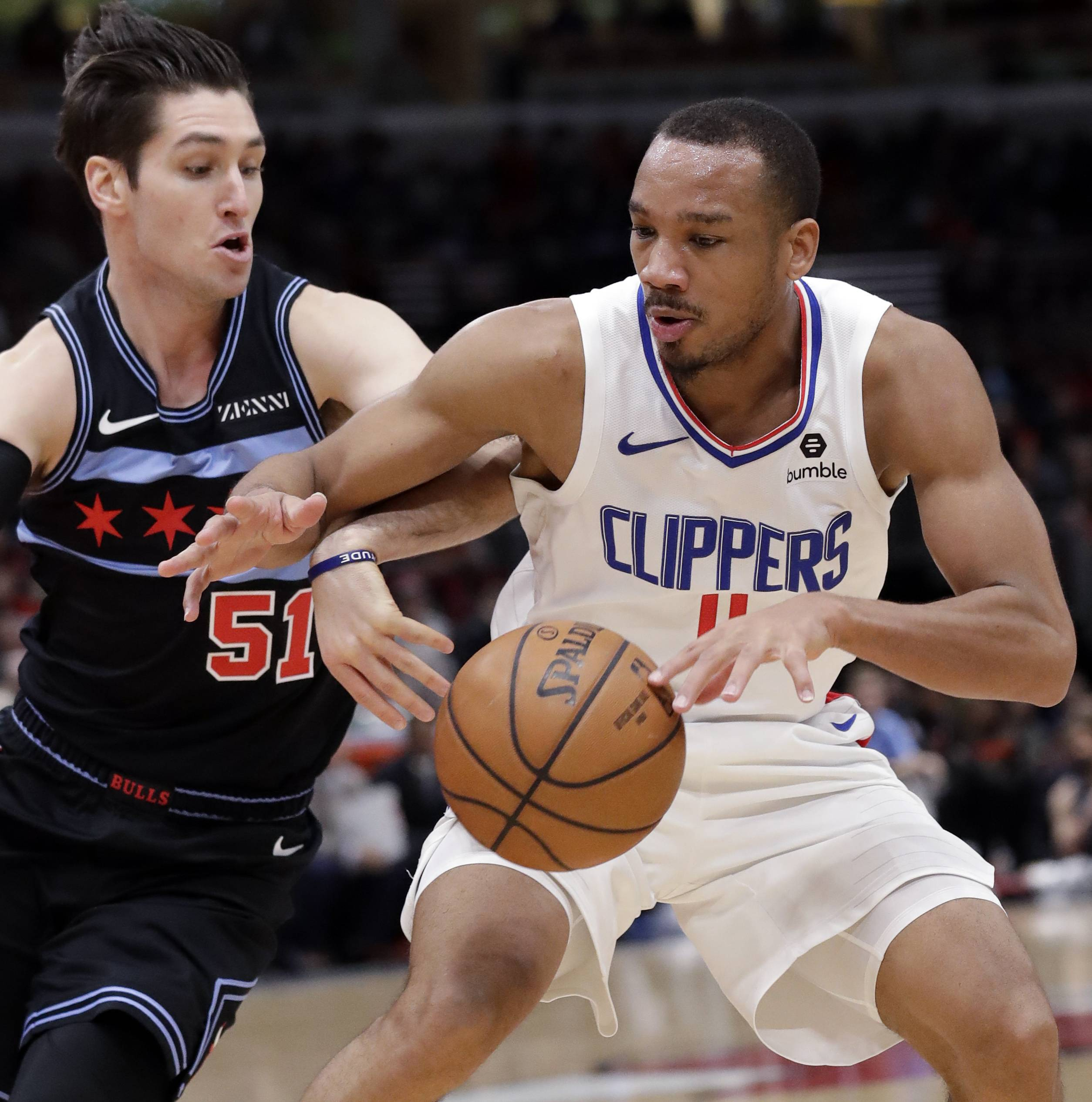 Rush-hour snow storm leaves Clippers running late