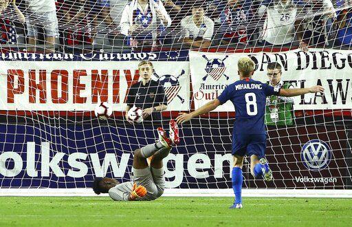 8b1e6e08422681 United States midfielder Djordje Mihailovic (8) scores a goal against  Panama goalkeeper Eddie Roberts