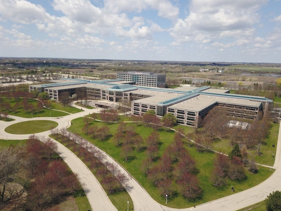 Hoffman Estates village board members Monday unanimously approved a detailed redevelopment plan to transform the former AT&T campus into a self-contained community of businesses and residences.