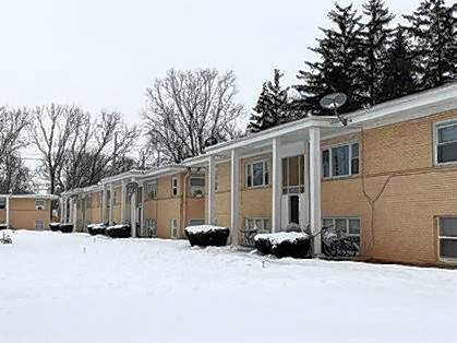 Inland Real Estate Commercial Brokerage recently closed the sale of a 28-unit apartment complex at 1024 E. Division St. in Lombard for $2.15 million.