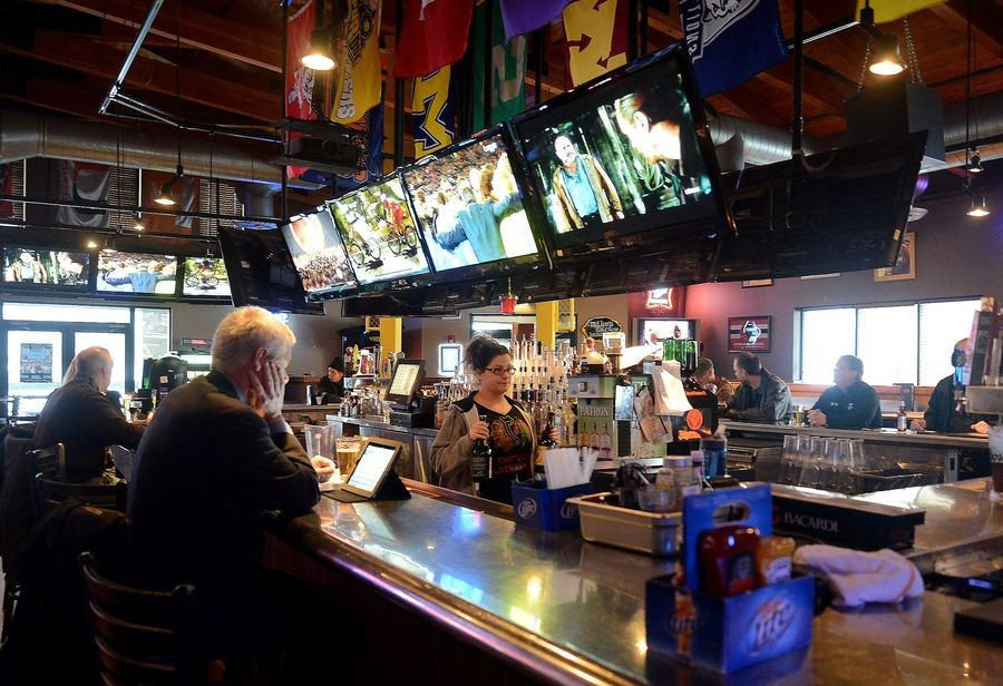 Real Time Sports in Elk Grove Village offers lots of TVs to watch the big game Sunday.