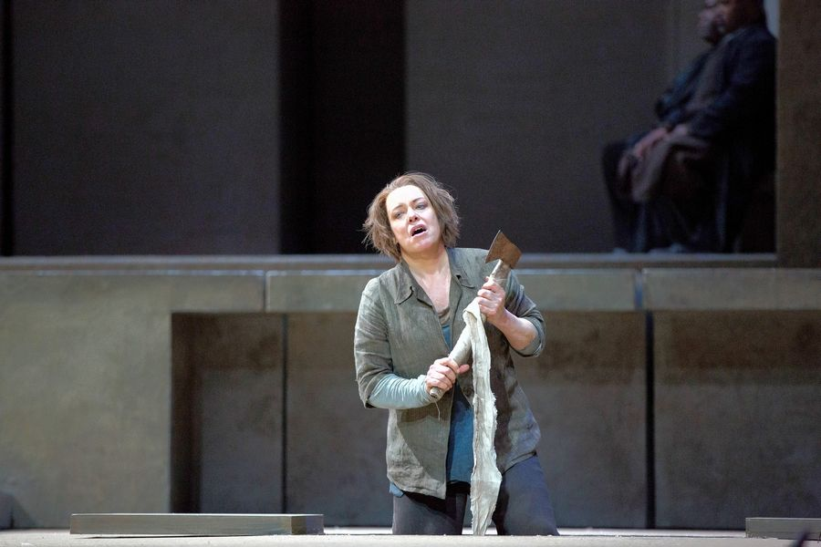 "Swedish soprano Nina Stemme makes her Lyric Opera of Chicago debut singing the title role of the vengeful ""Elektra"" in Richard Strauss' 1909 Greek tragedy."
