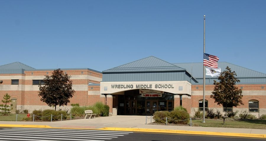 A school resource officer could be stationed in Wredling Middle School next academic year if the District 303 school board approves an agreement with the city of St. Charles.