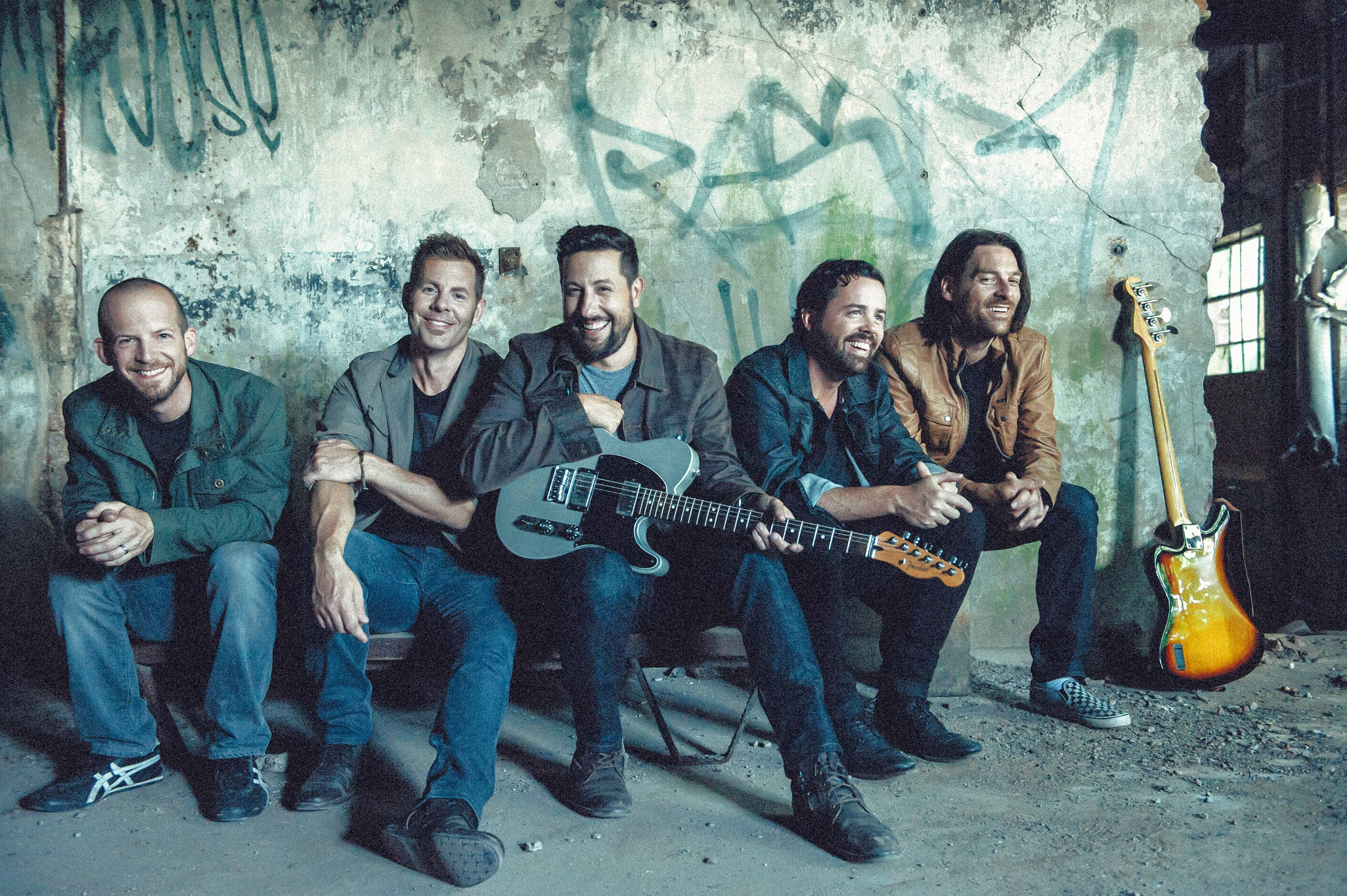 2018 CMA Vocal Group of the Year winner Old Dominion was announced Monday as one of three headliners for Chicago's Windy City Smokeout, set for July 12 to 14.