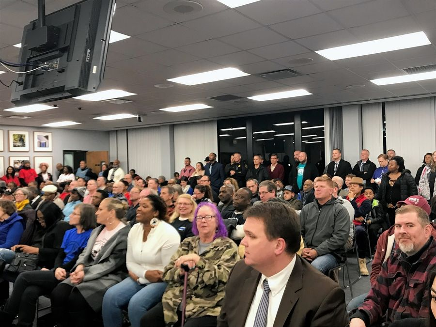 Residents packed an Elgin City Council meeting Wednesday night for a discussion about a fatal police shooting that took place nearly a year ago.