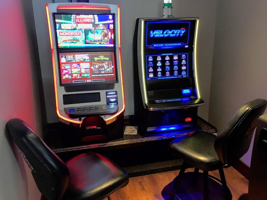Alexander's Cafe is among 32 establishments with video gambling terminals in the city of Elgin, whose liquor control commission has been discussing implementing yearly licensing fees.