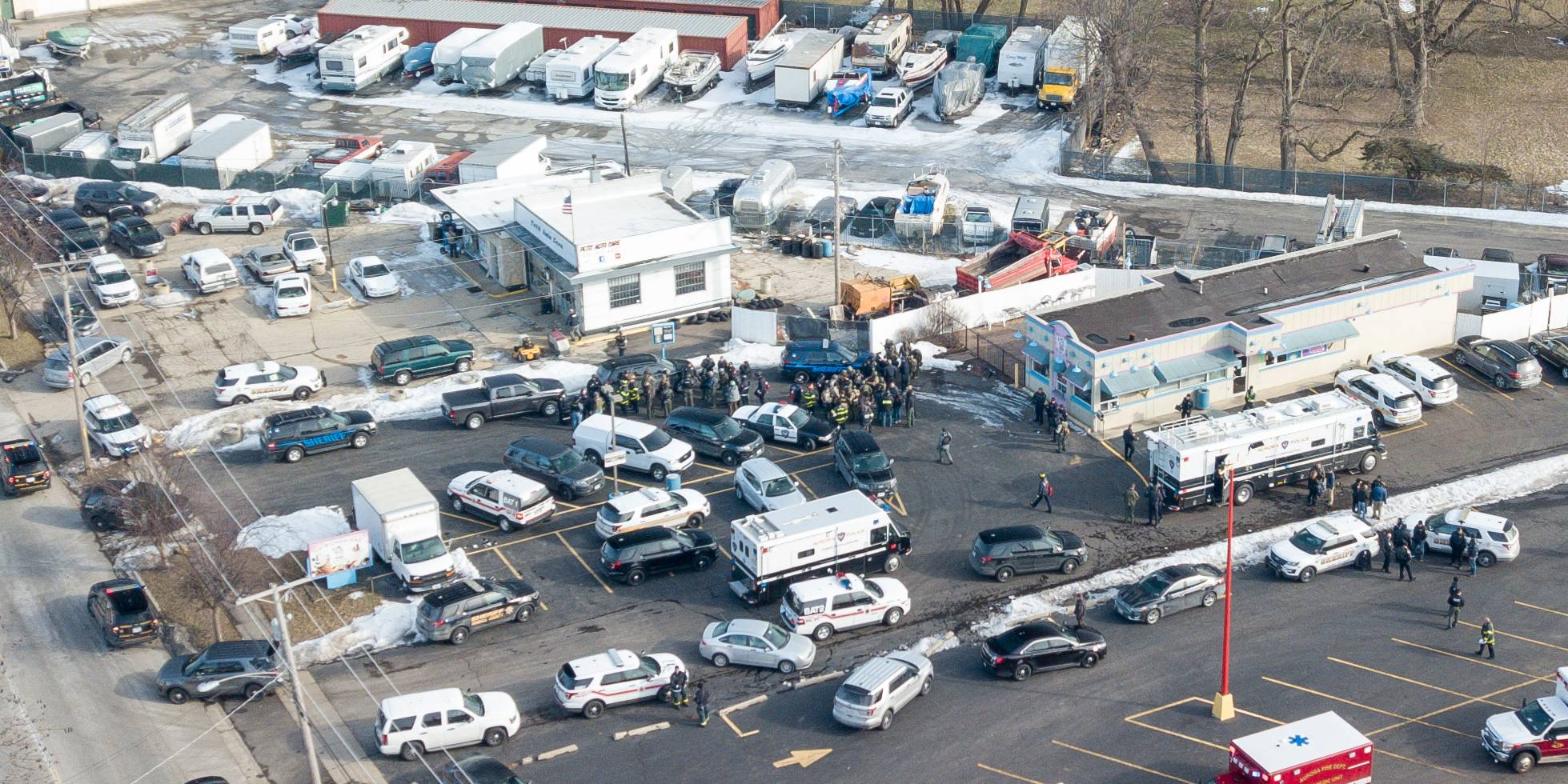 Five Henry Pratt warehouse workers were killed and five police officers and multiple civilians were wounded in an Aurora shooting Friday in an industrial area near Prairie and Highland avenues.