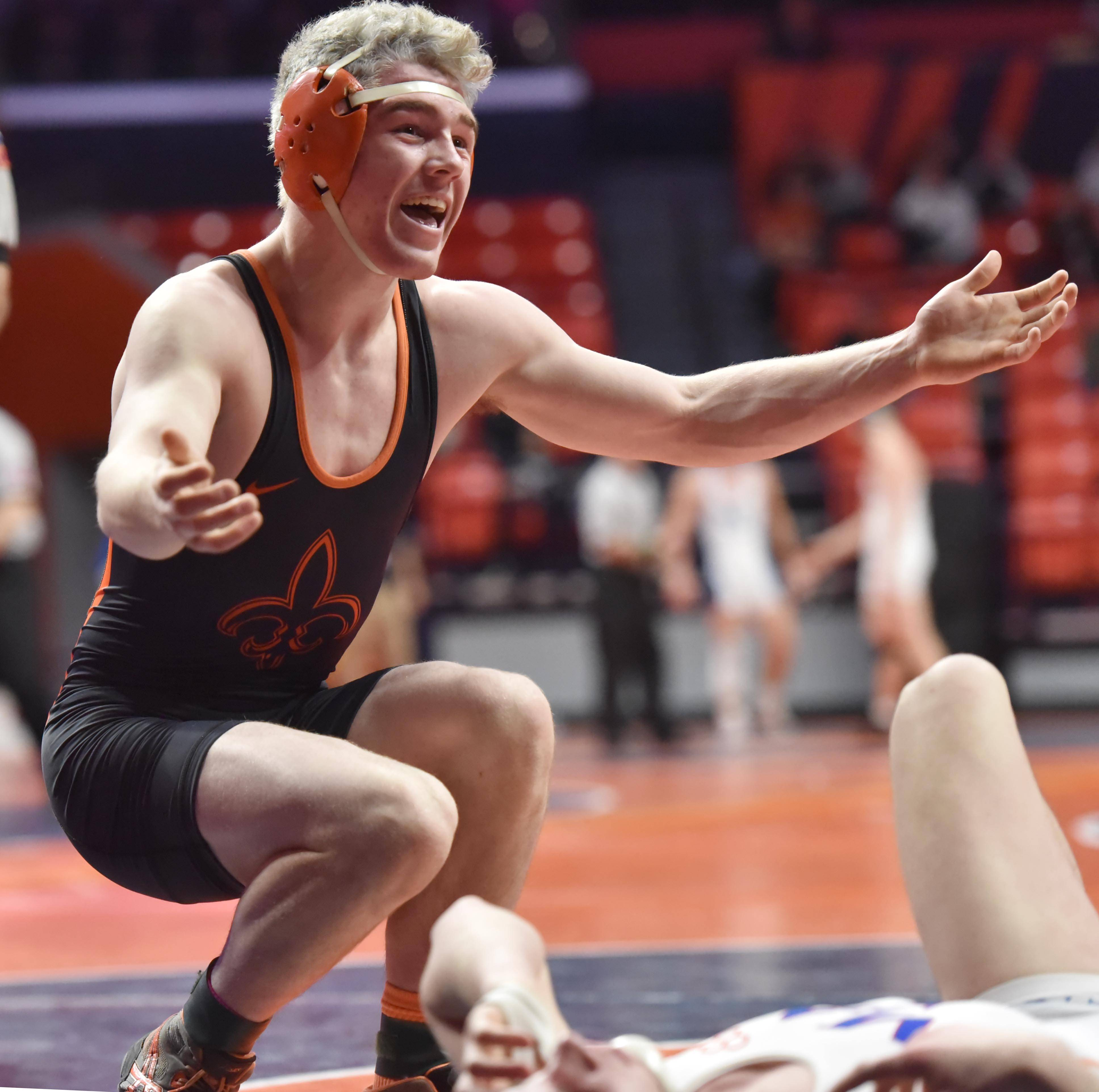Eight Fox Valley area wrestlers win state