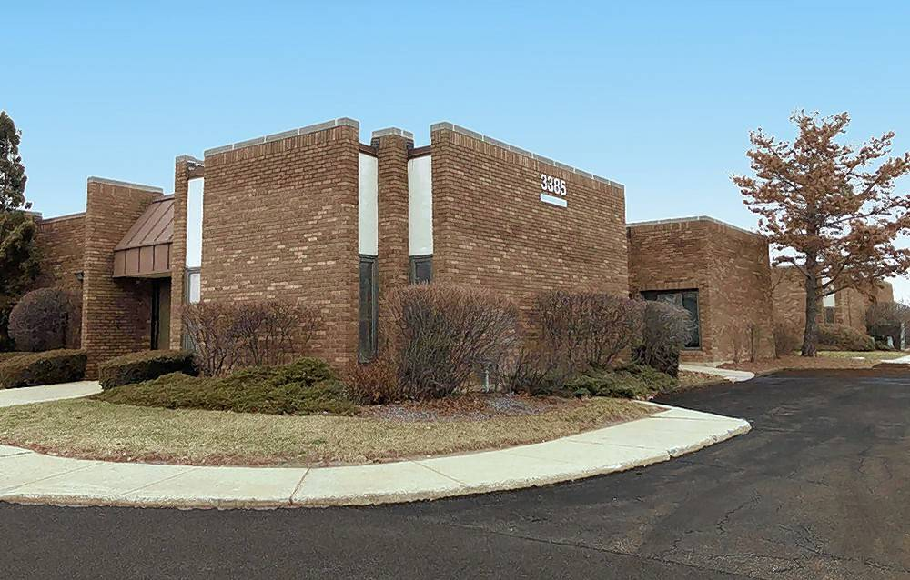Skokie-based Next Realty announced it has acquired Arlington Executive Plaza, a medical and general office complex consisting of six, single-story buildings in Arlington Heights.