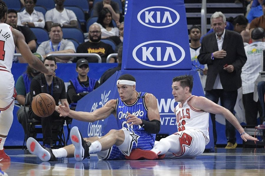 65dfb2c8995c Orlando Magic forward Aaron Gordon (00) loses control of the ball in front  of