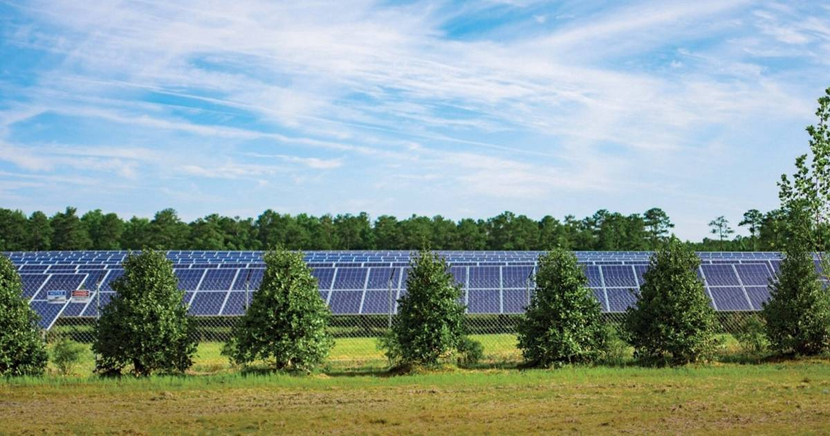 State incentives have solar energy surging in Illinois