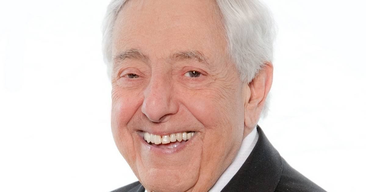 Family And Friends Remember Longtime Suburban Funeral Director