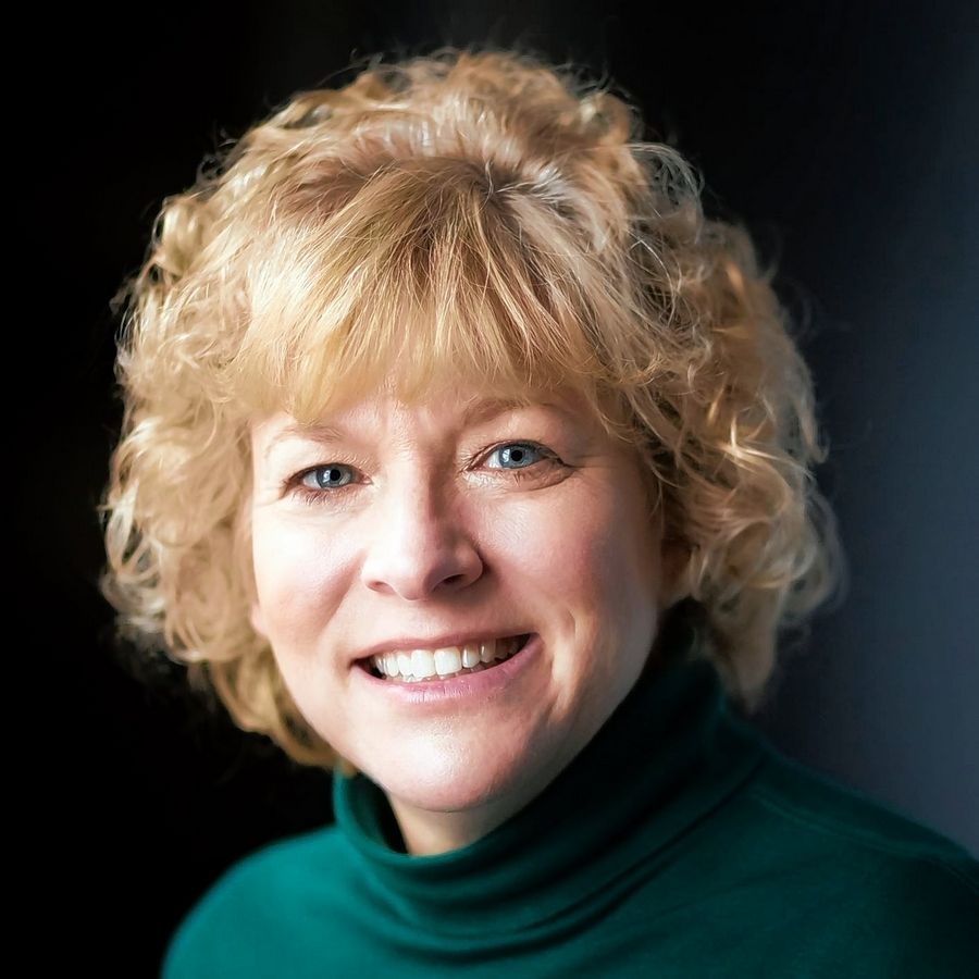 Suzanne Hoban is a candidate for McHenry County College board.