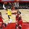 Lakers, James make 36-point turnaround in win over Bulls