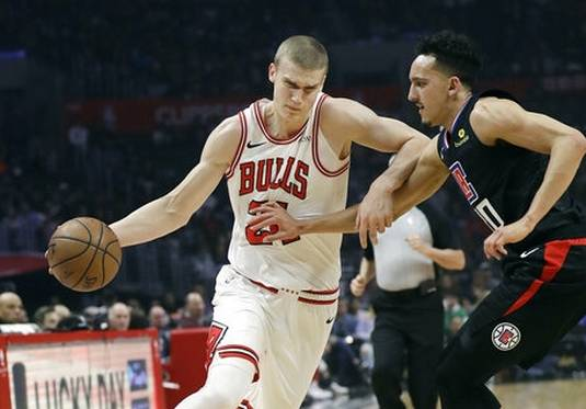 c0a79b0246d Gallinari scores 27 as Clippers rally for victory over Bulls