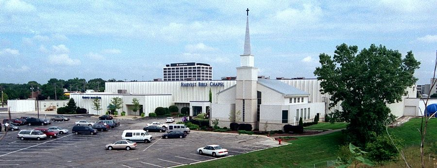 An evangelical organization that sets standards for how church's handle donations, pay leaders and other financial matters has suspended its accreditation of Harvest Bible Chapel.
