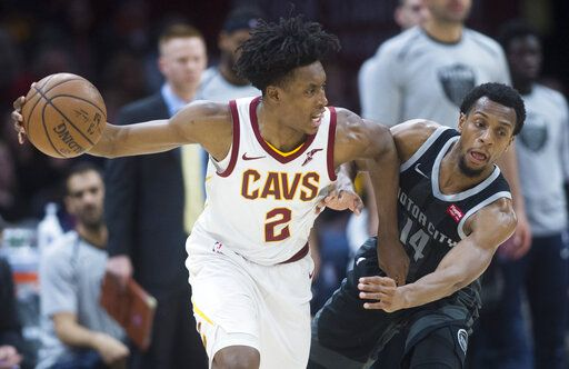 Detroit Pistons guard Ish Smith (14) defends against Cleveland Cavaliers  guard Collin Sexton in 69d303d06