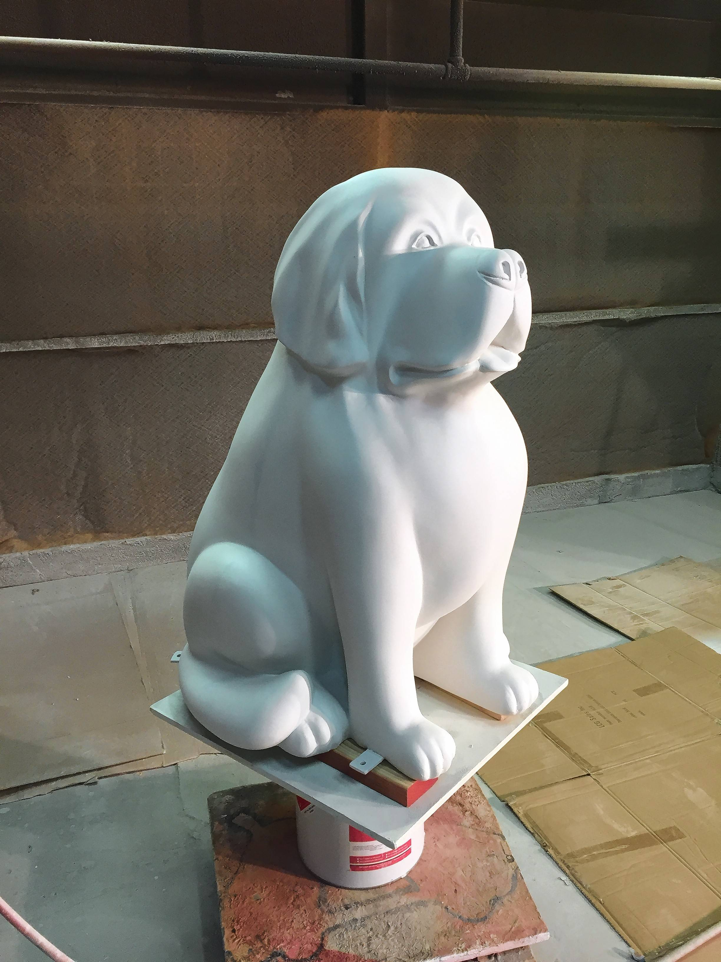 Dog sculptures to decorate downtown Naperville this summer