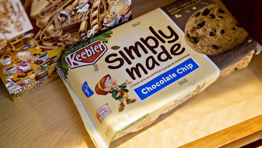 Ferrero SpA, the parent company of Oakbrook Terrace-based candy-maker Ferrera Candy, is acquiring the cookie and snack brands from Kellogg Co. for $1.3 billion.