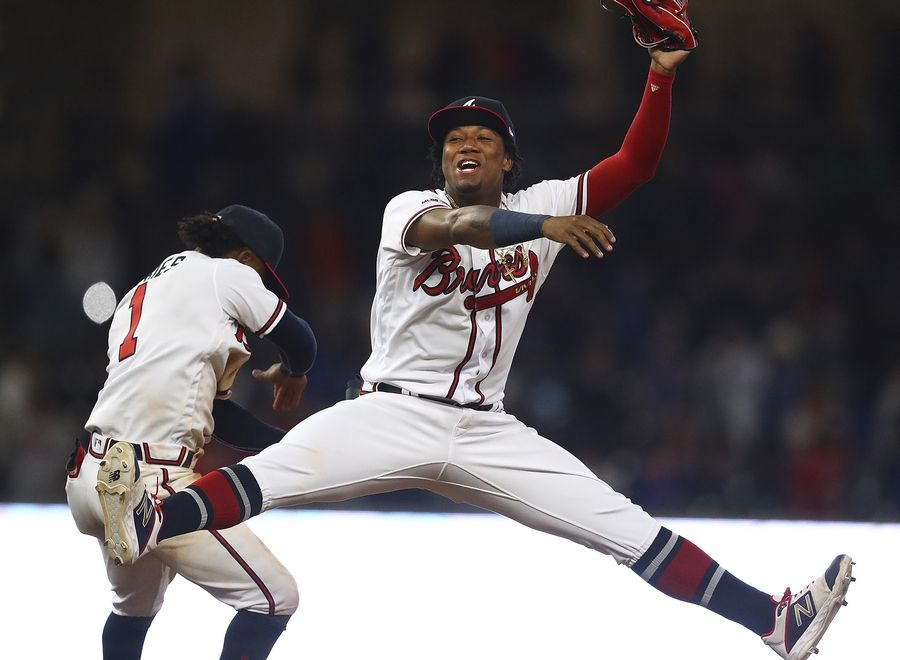 Camargo, Braves rally in 8th against shaky Chicago Cubs ...