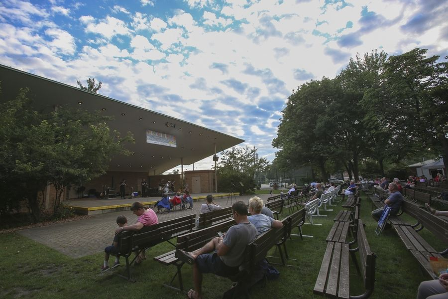 A new band shell would replace the original at Memorial Park in Wheaton as part of an estimated $5.7 million redesign.