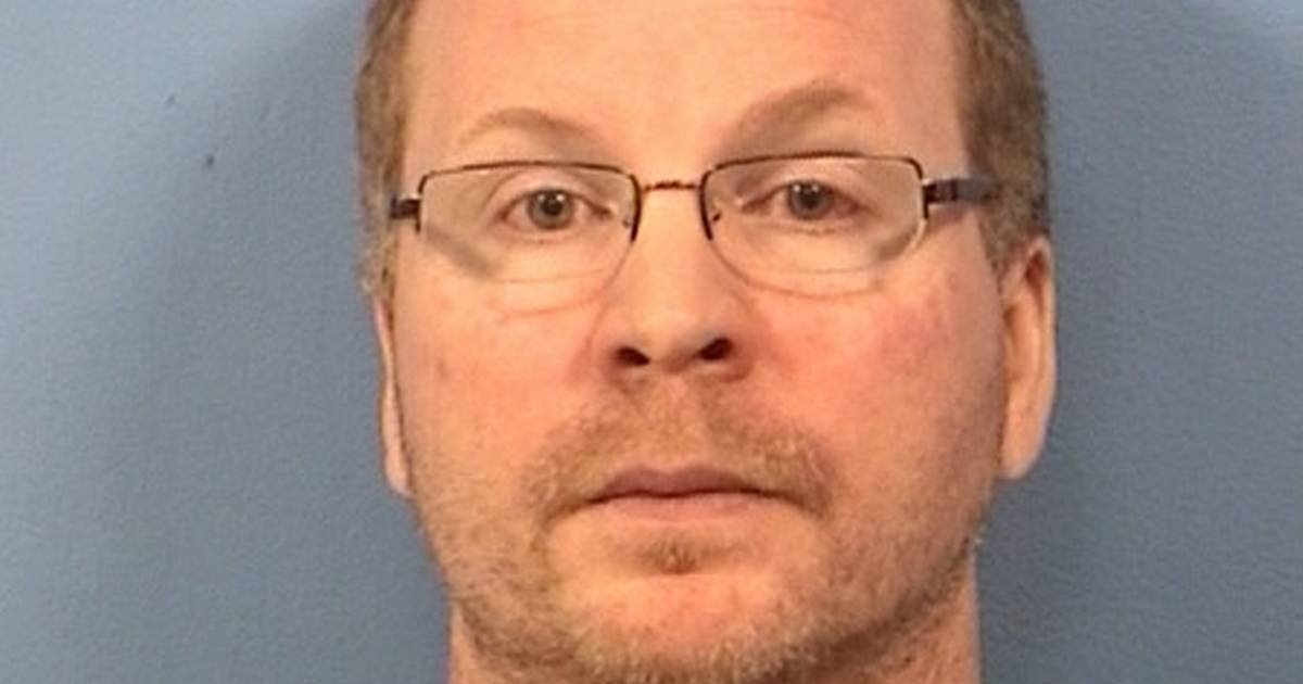 Former Schaumburg officer continuing efforts to have conviction vacated