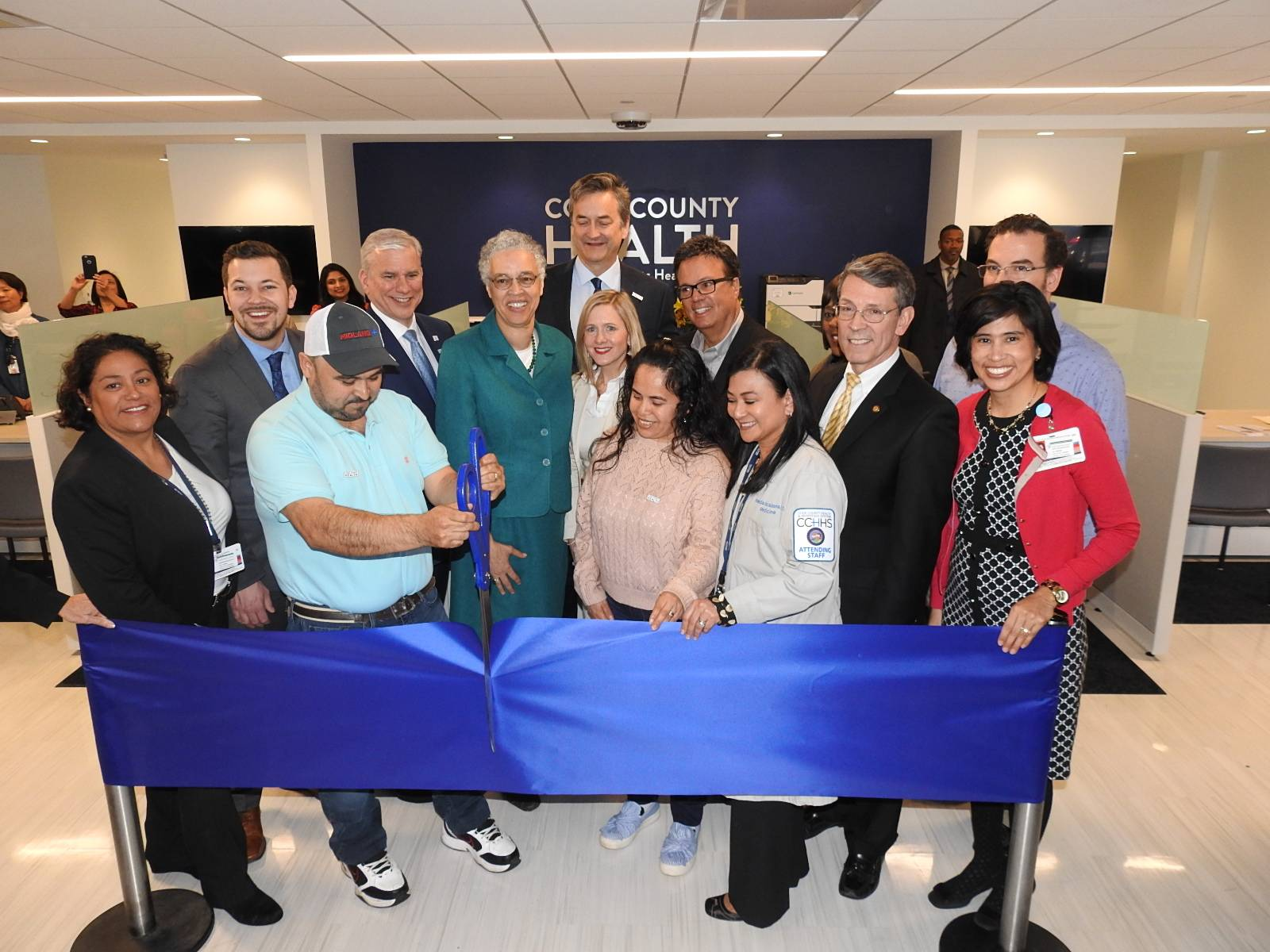 On Friday, April 12, Cook County Health held a ribbon-cutting ceremony and public open house at its new Arlington Heights Health Center.Cook County Health
