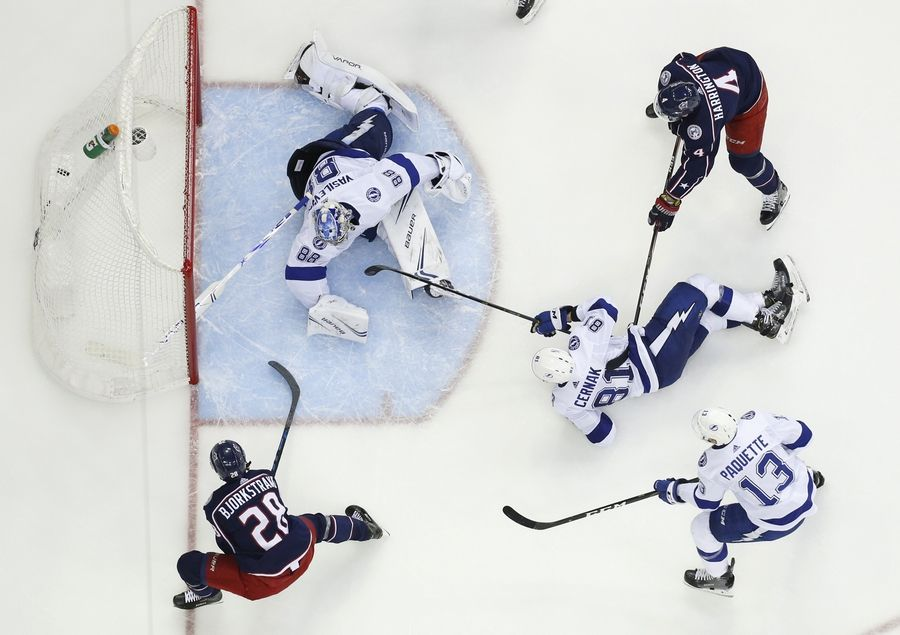 e641bf768 Sweep! Blue Jackets oust NHL-best Lightning in record speed
