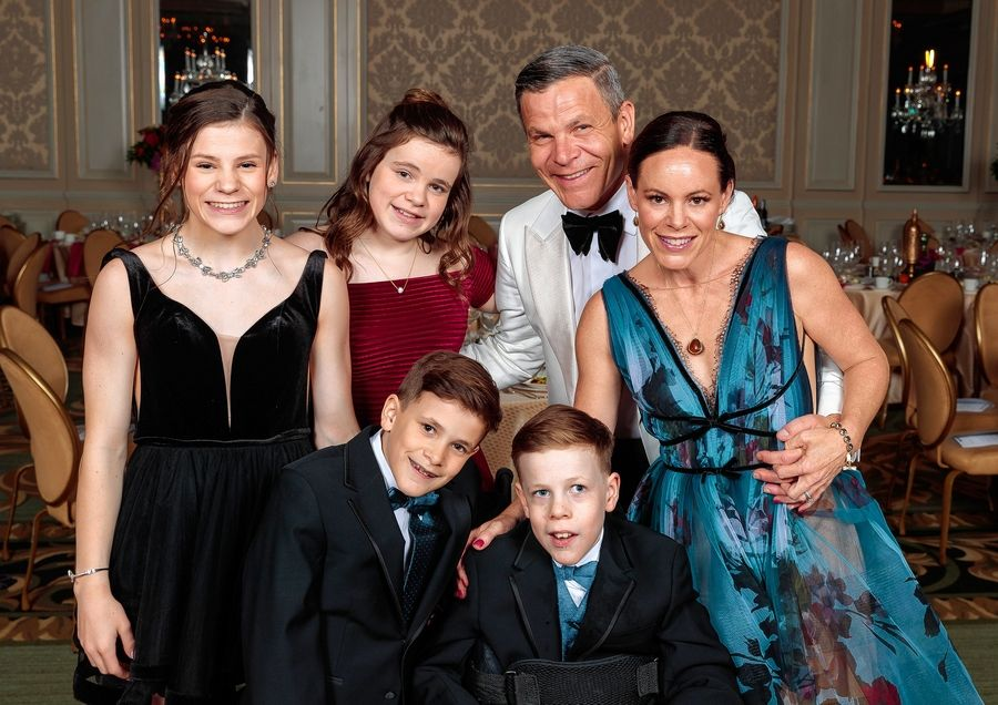 The Ladgenski family of Glen Ellyn (parents Derek and Sarah, and children Vivian, Grace, Emma and Quinn) are the 2019 Gala Ambassadors at the Easterseals DuPage & Fox Valley's 41st annual benefit April 6.