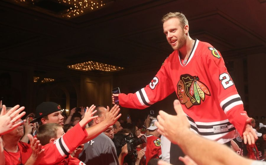 02c70b6f83f Kris Versteeg, who won Stanley Cup titles with the Blackhawks in 2010 and  2015,