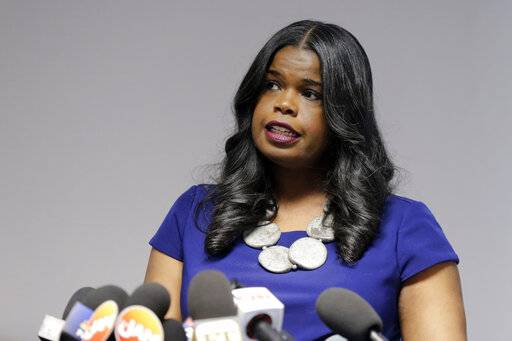 "FILE - In this Feb. 22, 2019, file photo, Cook County State's Attorney Kim Foxx speaks at a news conference, in Chicago. Text messages released showed Foxx believed her office had overcharged ""Empire� actor Jussie Smollett for allegedly staging a racist, anti-gay attack on himself drew heavy criticism because Foxx had recused herself from the case. (AP Photo/Kiichiro Sato, File)"