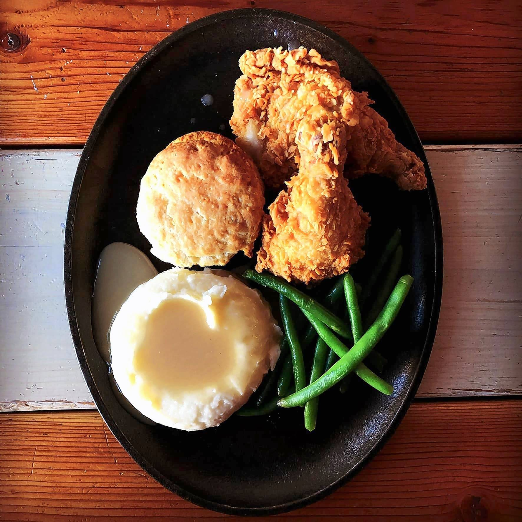 Thursday is fried chicken night at Oscar Lee's Barbecue in Libertyville.