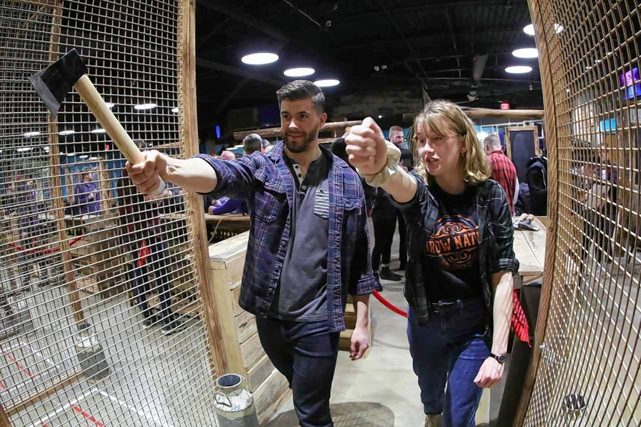 Folks who like to drink beer and throw axes will find a place to practice both hobbies when Throw Nation opens this fall in Elmhurst.
