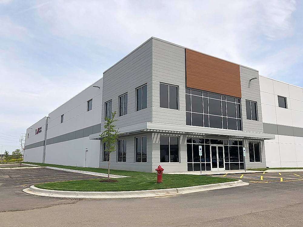 CBRE recently represented School Health Corporation in the lease of 33,590 square feet to S-E-A at 5600 Apollo Drive in Rolling Meadows.