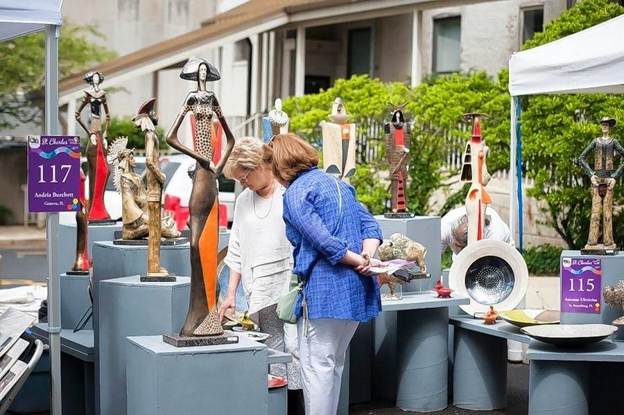 The 21st annual St. Charles Fine Art Show will be held this weekend along Riverside Avenue in the heart of the city's downtown.