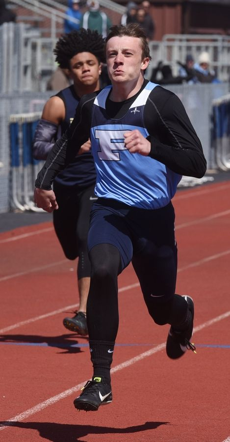 Prospect's John Moellenkamp will compete in the long jump and the 200-meter dash this weekend at state.