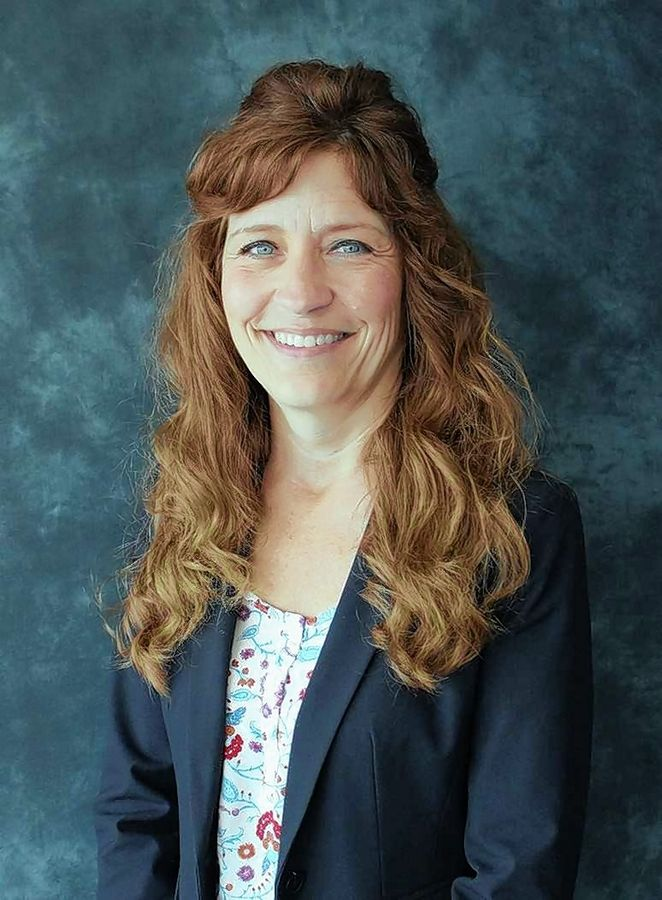 Kelley Gallt, an assistant superintendent at St. Charles Unit District 303, has been chosen by Lake Zurich Unit District 95 to succeed outgoing Superintendent Kaine Osburn.