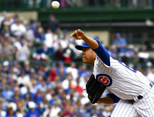 Chicago Cubs starting pitcher Jose Quintana (62) delivers during the second inning of a baseball game against the Cincinnati Reds Sunday, May 26, 2019, in Chicago.