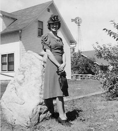 Sonny Acres operator Ramona Feltes, shown in 1937, died in the same bedroom of a farmhouse her grandfather built in the late 1880s.