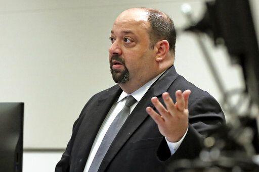 Legal experts question deputy's arrest over Parkland tragedy