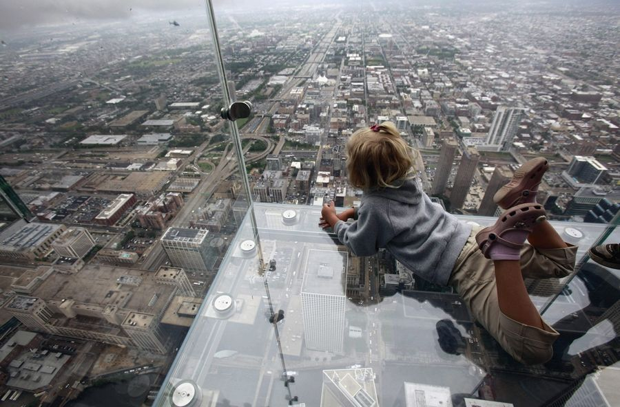 Minor Cracking Found In Floor Coating Of Willis Tower Ledge Attraction