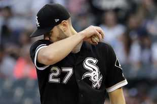 Chicago White Sox starting pitcher Lucas Giolito wipes his face during the first inning of a baseball game against the New York Yankees in Chicago, Friday, June 14, 2019. (AP Photo/Nam Y. Huh)
