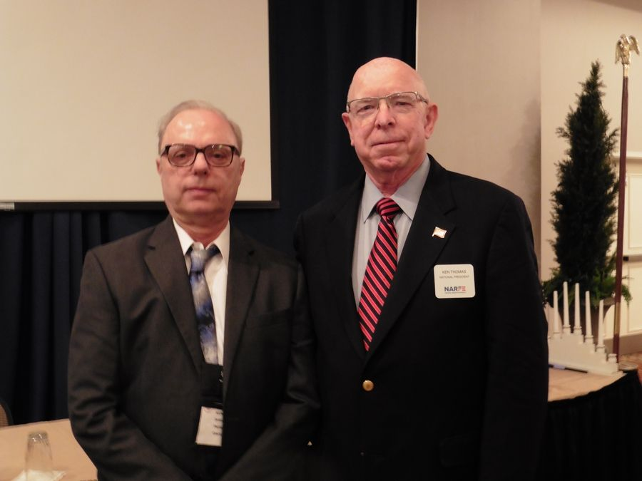 Illinois NARFE Federation President James Glover (left) of Schaumburg and National NARFE President Ken Thomas at the Illinois NARFE convention in Effingham, IL where Glover was sworn in as president.Gilda Karu