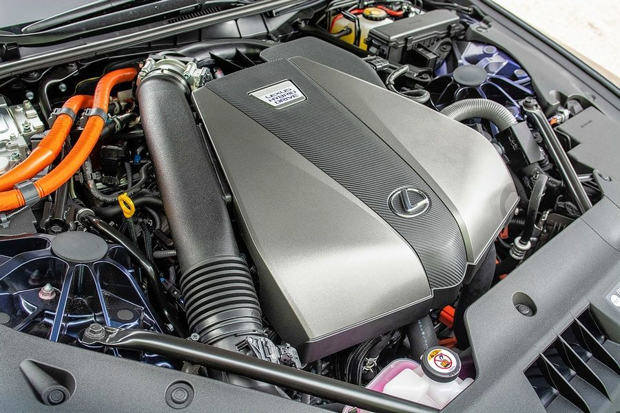 This Lexus is powered by a hybrid powertrain that employs a pair of electric motors in conjunction with a 3.5-liter V-6.