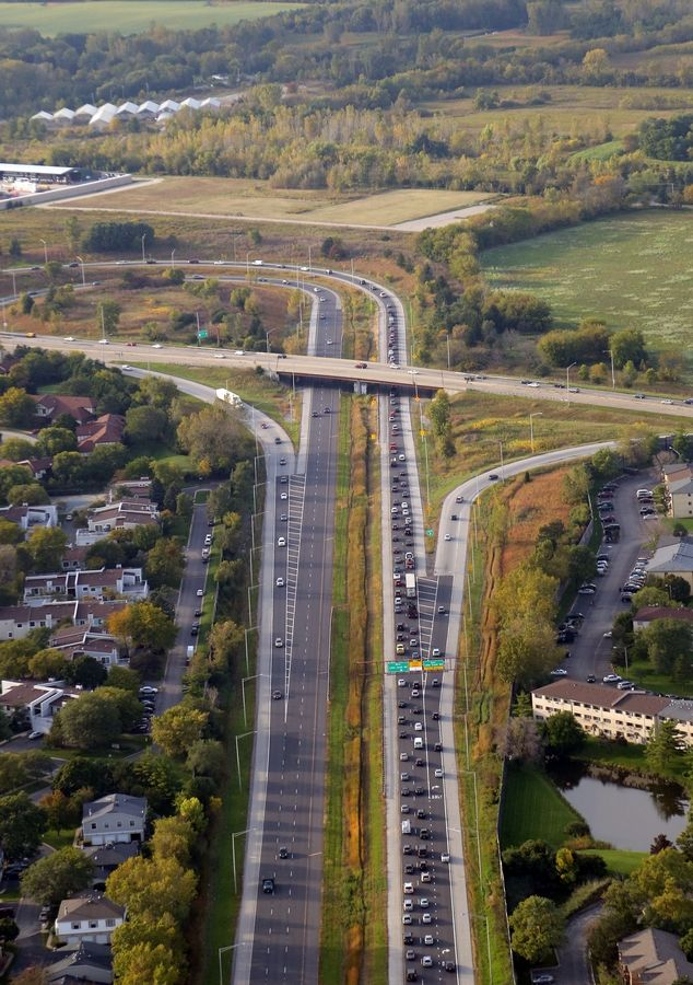 No one likes congestion when Route 53 peters out in Cook County but support may be waning in Lake County for a controversial extension project. That could lead the Illinois tollway to shelve the project.