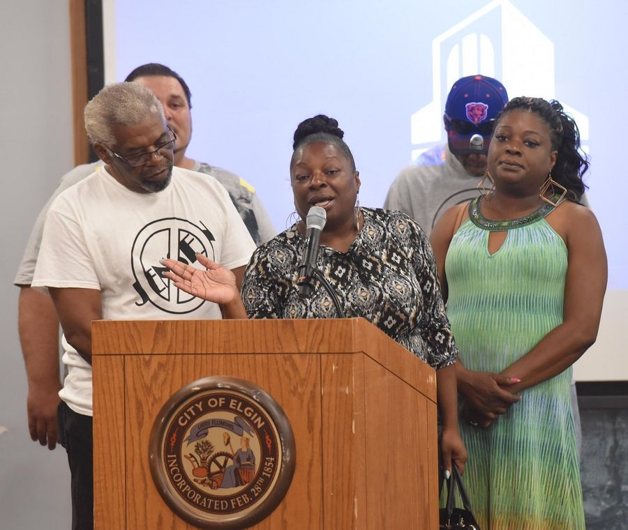 Emmetia Sneed, sister of Decynthia Clements, speaks at the Elgin City Council meeting Wednesday after the release of a report saying police Lt. Christian Jensen followed policy on use of deadly force when he shot Clements in March 2018.