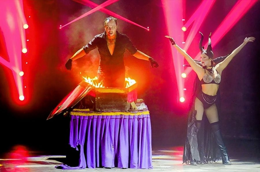 Magic is an important component of the horror-themed circus Paranormal Cirque, which is in Gurnee through July 21.