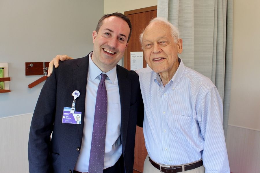 91-year-old Elgin cancer survivor writes weekly love letters to his