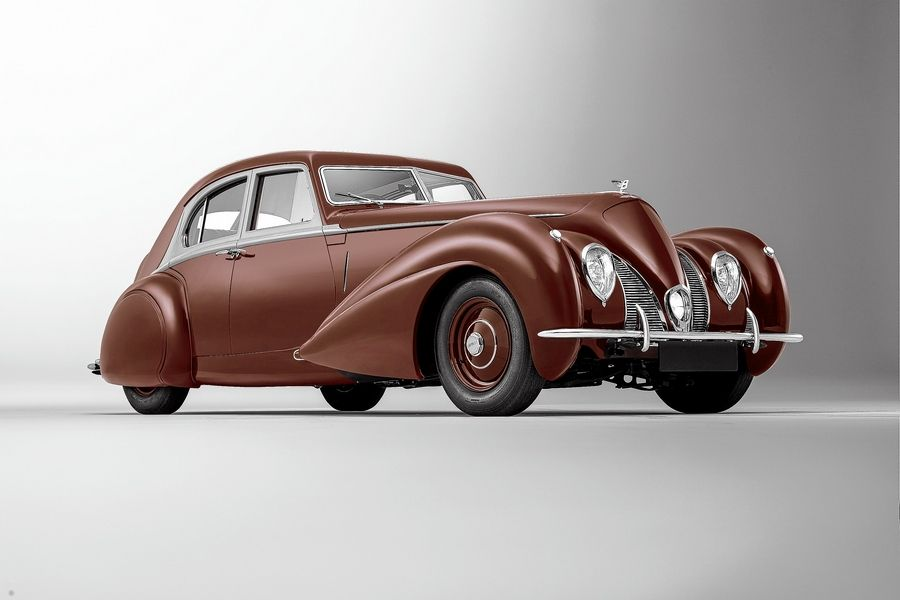 1939 Bentley Corniche tribute