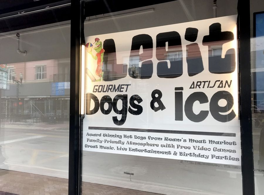 Legit Dogs & Ice in downtown Elgin is shutting down at the end of the month, citing controversy with its landlord, Dream Hall.